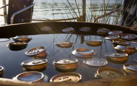 Ölburkar i vatten