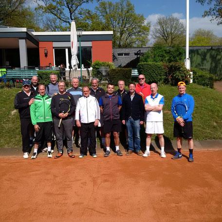 Das Eintracht-Team bestand aus den Spielern Ulf Manthei, Bernd Wölki, Axel Bausch, Dieter Jungbluth, Peter Wasserek, der sein Debüt im Team erfolgreich feierte und Robert Janz (Autor).