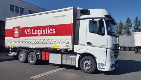LKW der Spedition VS Logistics Würzburg
