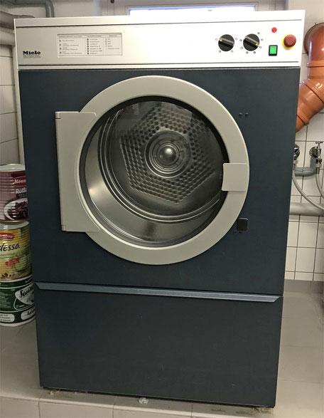 Gewerbewaschmaschinen und Trockner
