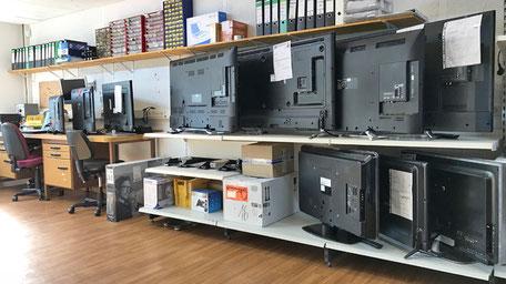 Eigene TV-Reparaturwerkstatt vom Fachbetrieb.