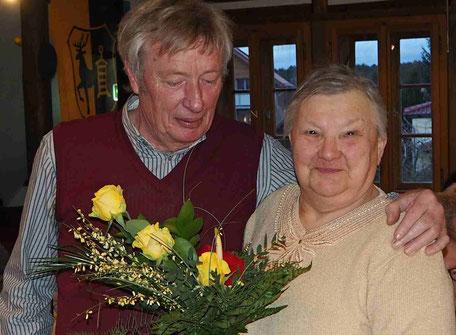 Verabschiedung von Gisela Koch, die viele Jahre die Geschicke des Vereins im Vorstand mit lenkte