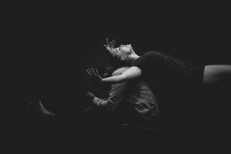 Contemporary Fotos Tanzaufführung Bühne Katharina Scheidtmann