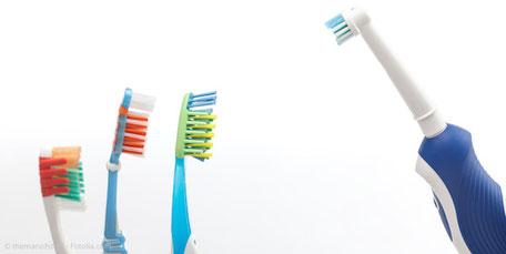 Von Hand oder elektrisch putzen? Antworten und klare Empfehlungen bei uns in der Praxis!