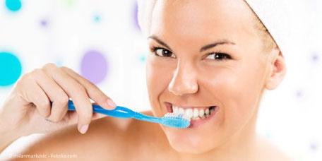 Sie erhalten individuelle und konkrete Mundpflege-Empfehlungen von uns.