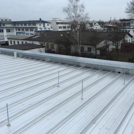 Stahldach Dachdecker in Augsburg