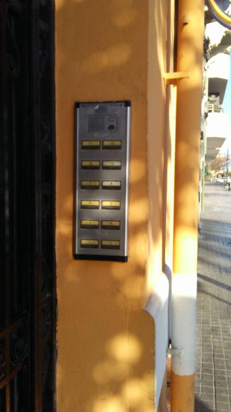 Placa portero electrónico antes del cambio