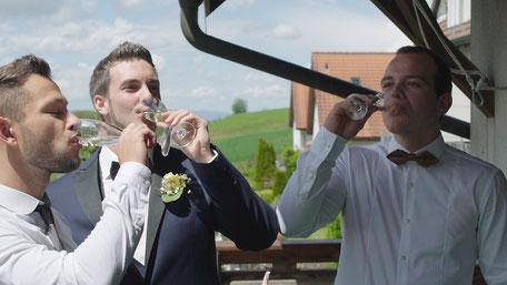 Hochzeitsvideo von der Vorbereitung bei Simon