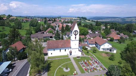 Die Kirche von der Seite