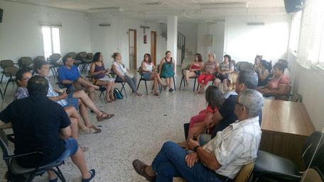 Reunión en Jubrique con productoras y productores.