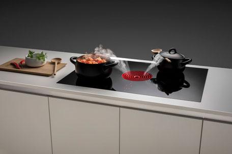Küchen mit Küchengeräten, innovative Technik