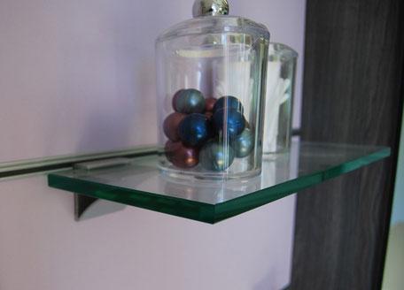 Ablage aus Glas