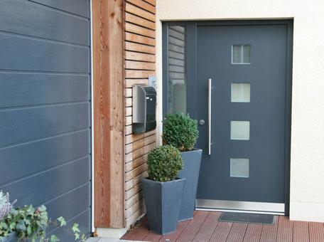 CE-zertifizierte Haustür von der Schreinerei Wiedmann