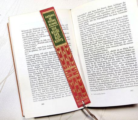 Lesezeichen aus Buchrücken