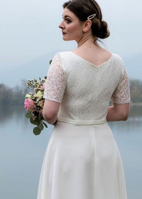 Brautkleid, Hochzeitskleid, Kleid mit Spitze, Standesamtkleid, romatisches Kleid, mit Schleife
