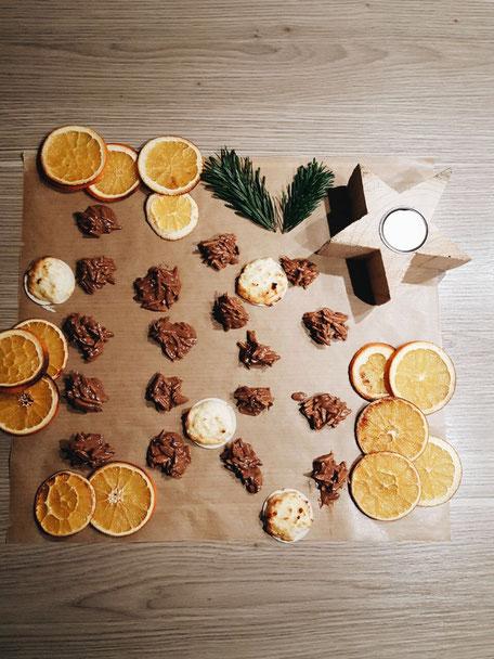 Kokosmakronen, Mandelsplitter, Weihnachtsbäckerei, backen