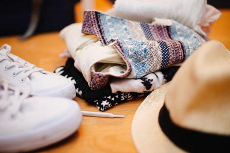 Mit deiner persönlichen Capsule Wardrobe zahlreiche neue Outfits erstellen.