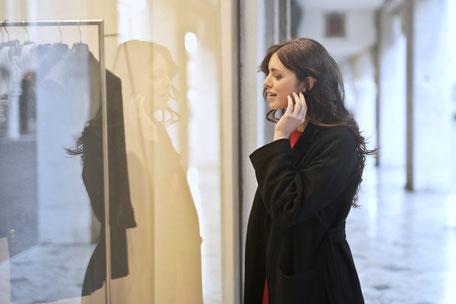 Stressfrei einkaufen gehen mit persönlicher Einkaufsbegleitung/Personal Shopper in Berlin.