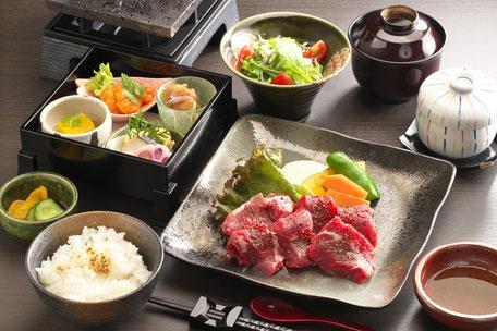 サーロインステーキとおばんざい 2,300円+税