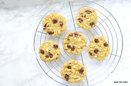 glutenfreier und vegane Peanut Cookies, laktosefrei, weizenfre