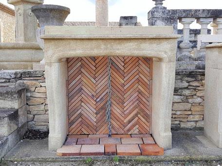 Kaminverkleidung Naturstein aus Provence