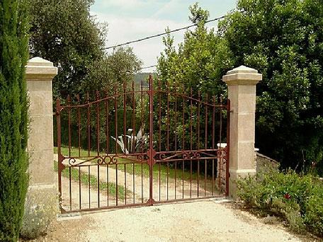 Handgefertigten Toreinfassung Pfosten oder Säulen aus Französischen Naturstein