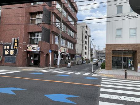 地元で愛されている川崎信用金庫登戸支店前交差点