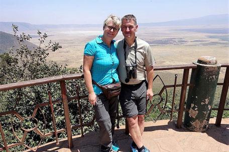 Gabi & Roman in der Serengeti