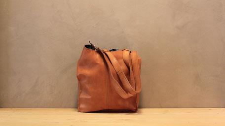 Echtleder Taschen (Art. 800)