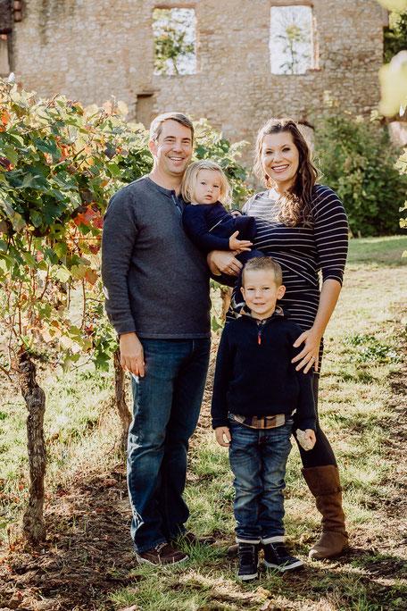 Amerikanische Familie bei Fotoshoot in Mainz