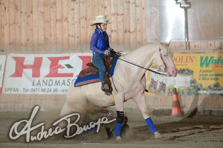 Malaguti Emily - Novice Rider 2 mani