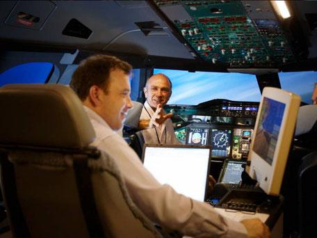 Im A380 Flugsimulator der Lufthansa Aviation Training