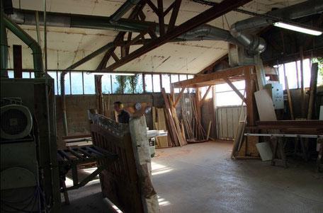 Atelier de fabrication bois de la menuiserie Lethu à Celles sur Belle