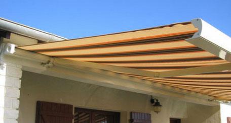 Store banne de terrasse par les menuiseries Lethu