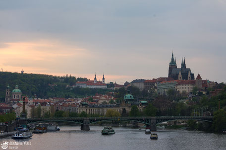 Prague/Aroundtheworldstepbystep.com