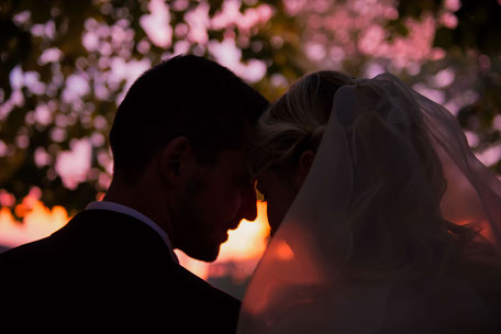 Ritratto degli sposi al tramonto
