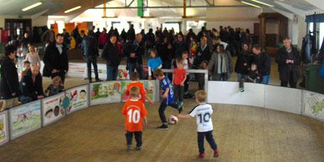 Benefiz Turniere im Soccer-Ei