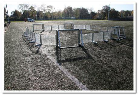 Torwarttraining für Junioren der besonderen Art im Soccer-Ei