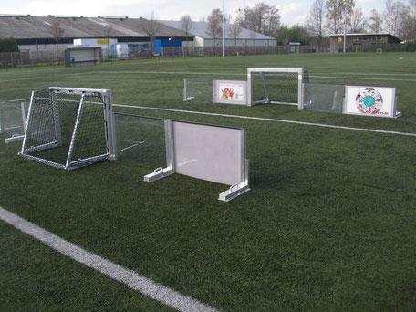 Spielfelder gehören zum Fußball, und das Soccer-Ei ermöglicht viele Varianten