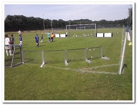 Spieleröffnung   Balleroberung im Soccer-Ei