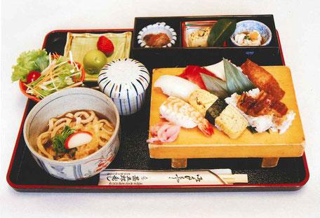 ランチ寿司御膳1230円(税込)