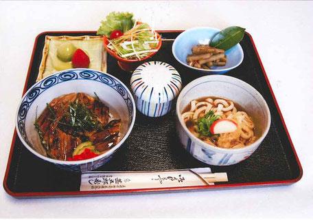 ランチ焼き穴子丼970円(税込)
