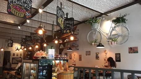 ウラジオストカフェのインテリア