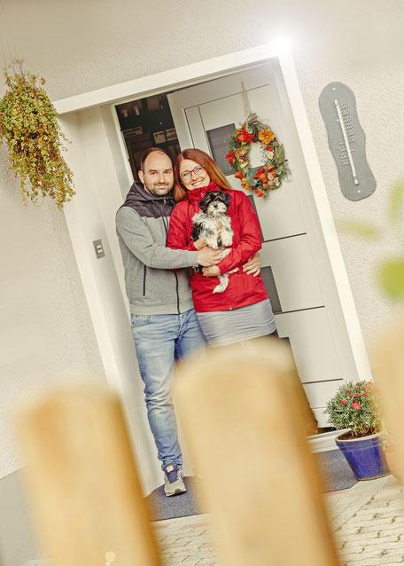 Für Jessi und Paddy brachte ein tierisches Familienmitglied Freude. Foto: Ben Pfeifer