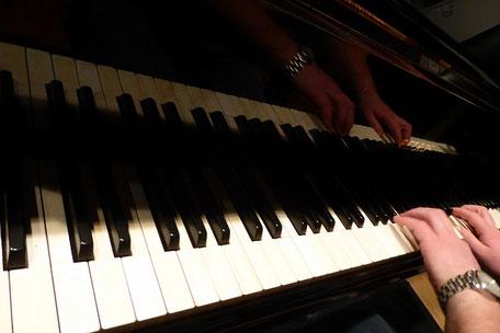 Komponieren am Klavier? Nicht ganz...  (Foto: MBO)