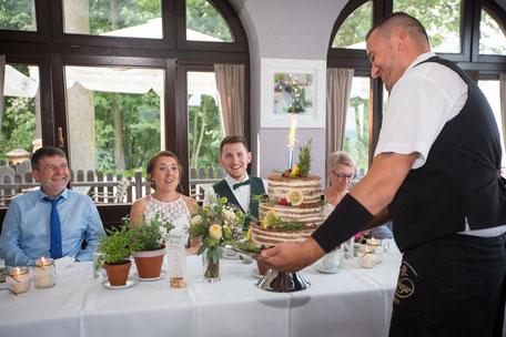 Hochzeitsfotograf Dresden, Hochzeitsfotograf Neustadt Sachsen, Hochjzeit Götzinger Höhe Neustadt, Hochzeit Neustadt Sachsen, Hochzeitslocation Götzinger Höhe, Vintage Hochzeit Dresden