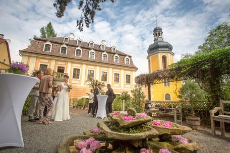 Hochzeit Schloss Zuschendorf, Landschloss Zuschendorf Hochzeit, Hochzeitsfotograf Pirna, Hochzeitsfotograf Dresden