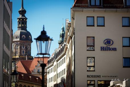 Hochzeitsfotograf Dresden, Hochzeit in Dresden, Hochzeitsfotos Dresden, Hochzeit Dresden Fotograf, Hilten Dresden Hochzeit, Hochzeit im Hilton Dresden, Hilton Hotel, Hilton Dresden
