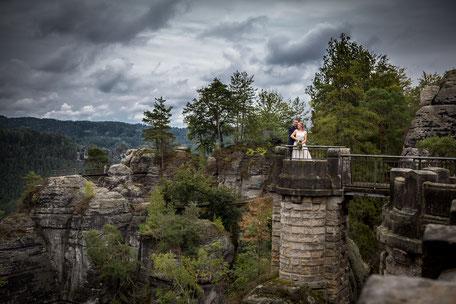 Hochzeitsfotograf Sächsische Schweiz, Hochzeit Sächsische Schweiz, Hochzeit auf der Bastei, Hochzeit Bastei, Heiraten in der Sächsischen Schweiz, Basteibrücke Hochzeit, Hochzeitsfotos Bastei