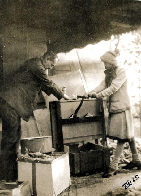1925 Maisverarbeitung